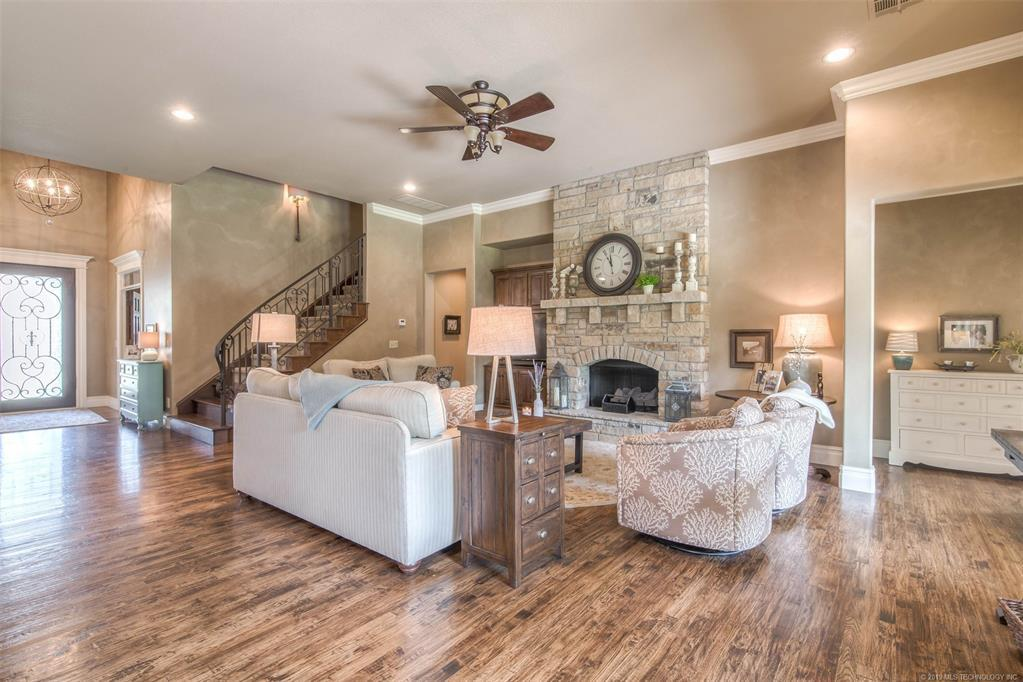 Off Market | 10723 S 96th East Avenue Tulsa, Oklahoma 74133 1