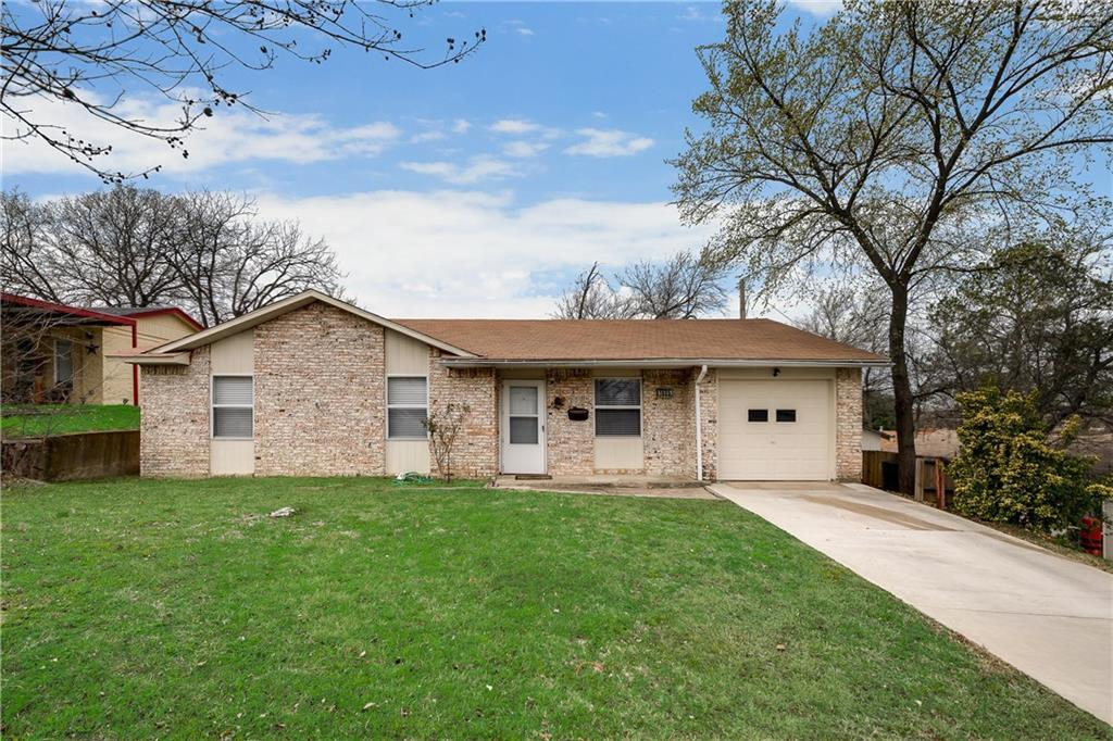 Sold Property | 1606 Dorothy Street Grand Prairie, Texas 75051 3