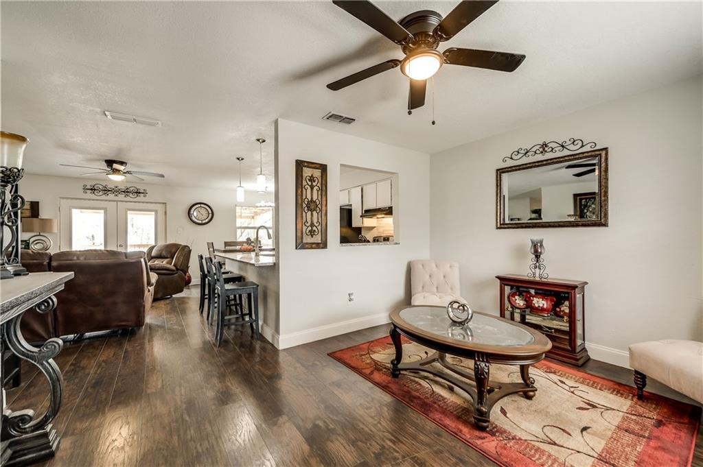 Sold Property | 1606 Dorothy Street Grand Prairie, Texas 75051 6