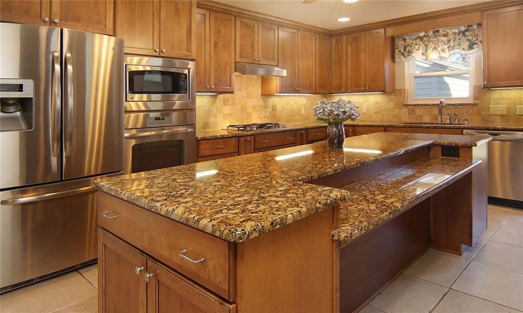 Sold Property | 4936 Black Oak Lane River Oaks, Texas 76114 11
