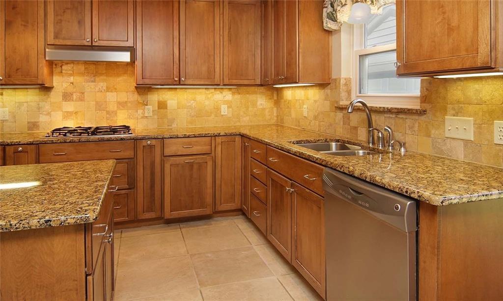 Sold Property | 4936 Black Oak Lane River Oaks, Texas 76114 14