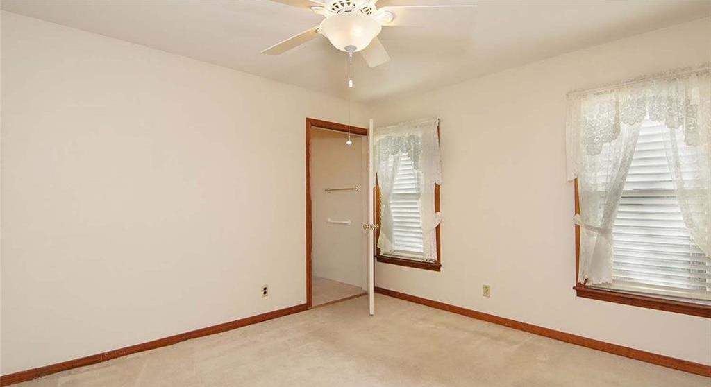 Sold Property | 4936 Black Oak Lane River Oaks, Texas 76114 19