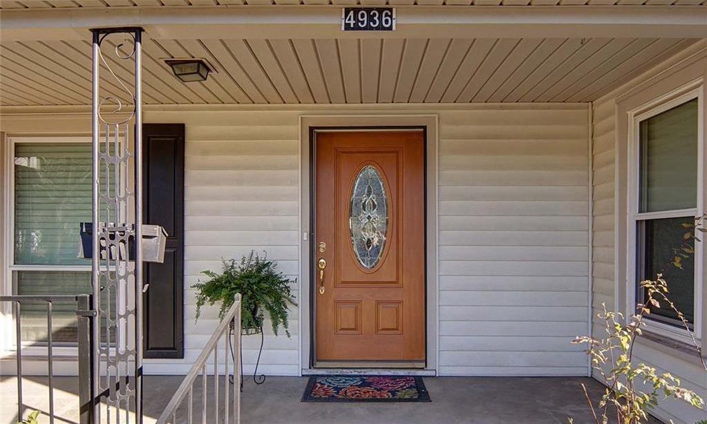 Sold Property | 4936 Black Oak Lane River Oaks, Texas 76114 4