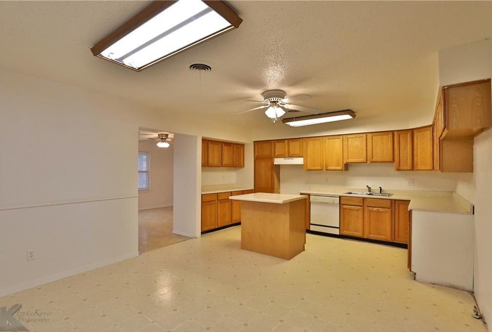 Sold Property | 1210 Ross Avenue Abilene, Texas 79605 5