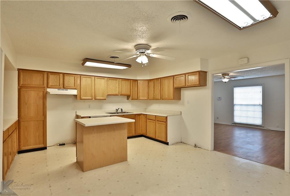 Sold Property | 1210 Ross Avenue Abilene, Texas 79605 6