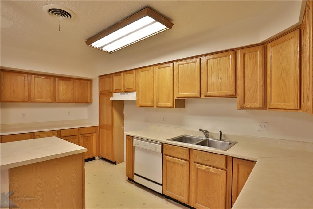 Sold Property | 1210 Ross Avenue Abilene, Texas 79605 9