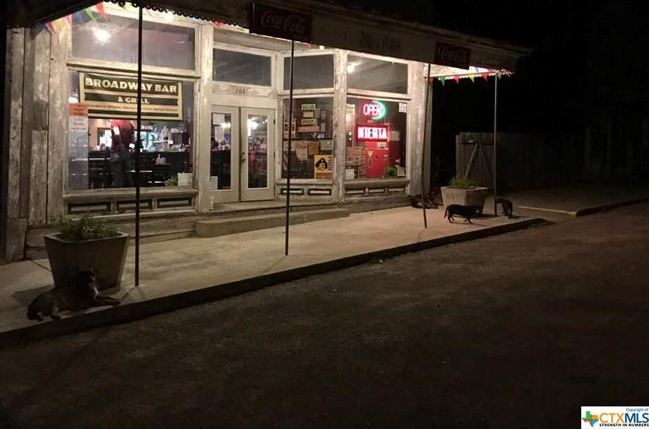 business, commercial, bar, restaurant, old country town feel, beer, wine, food, beverages, comfort | 208 Broadway  Nordheim, TX 78141 6
