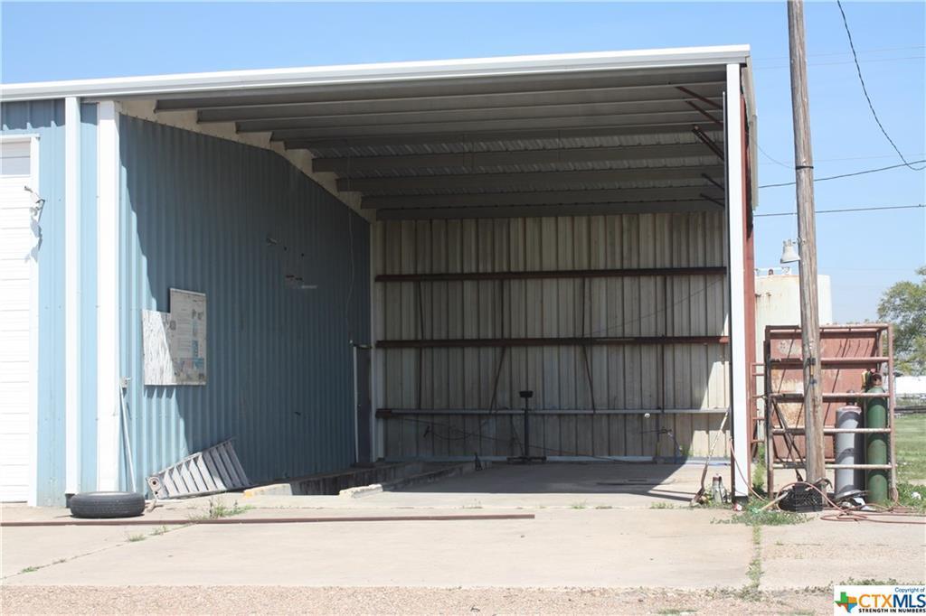 Pending | 3112 Pleasant Green Drive Victoria, TX 77901 10