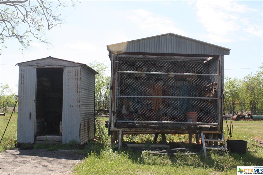Pending | 3112 Pleasant Green Drive Victoria, TX 77901 11