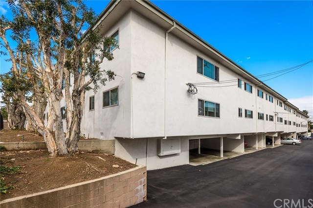 Closed | 3450 Emerald Street Torrance, CA 90503 17