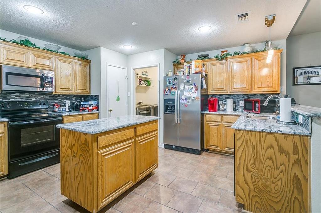 Sold Property | 10400 Brangus Drive Crowley, Texas 76036 10