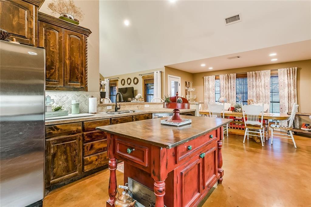Sold Property | 157 Amanda Lane Reno, TX 76082 14