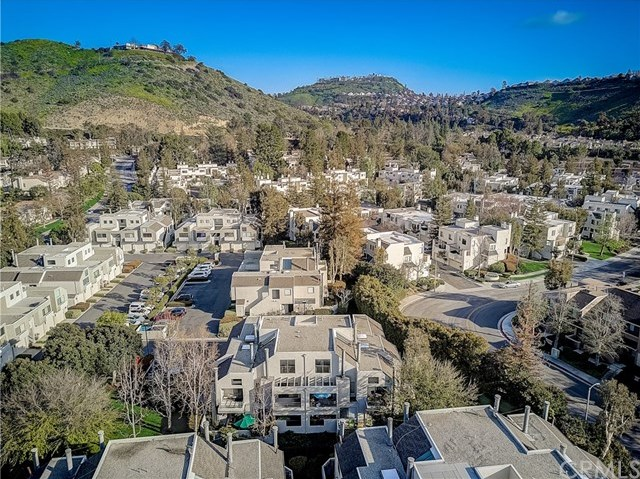 Off Market | 5744 E Creekside Avenue #39 Orange, CA 92869 28