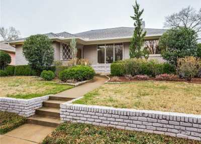 Sold Property | 6846 Carolyncrest Drive Dallas, Texas 75214 1