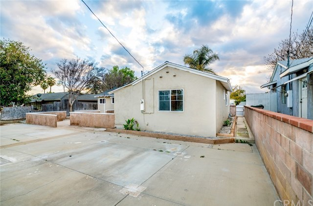 Closed | 115 S Marcella Avenue Rialto, CA 92376 33