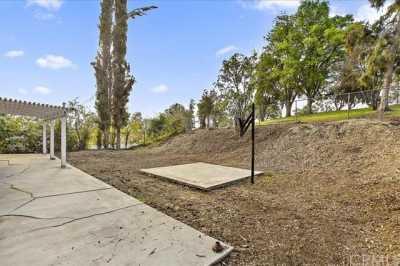 Active | 3921 Glenwood Way Chino Hills, CA 91709 10