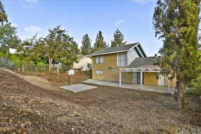 Active | 3921 Glenwood Way Chino Hills, CA 91709 11