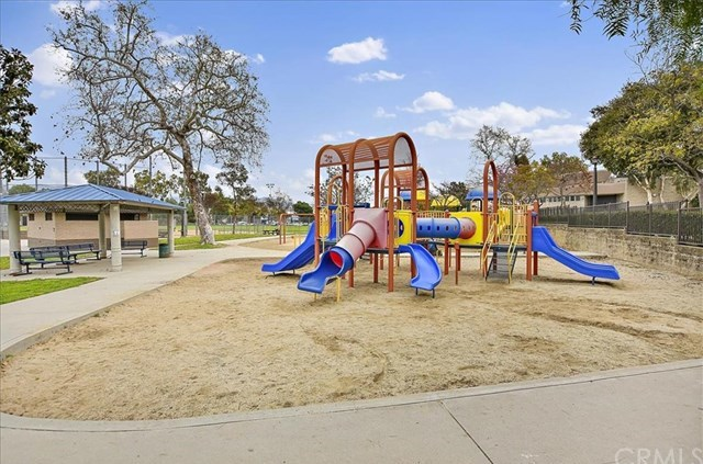 Closed | 726 Harding Avenue Monterey Park, CA 91754 24