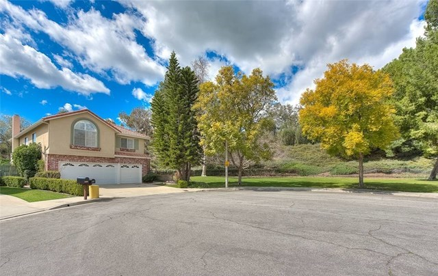 Closed | 13860 Woodhill Lane Chino Hills, CA 91709 2