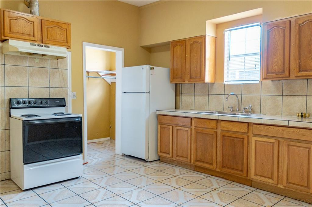 Sold Property   2311 Market Avenue Fort Worth, Texas 76164 13