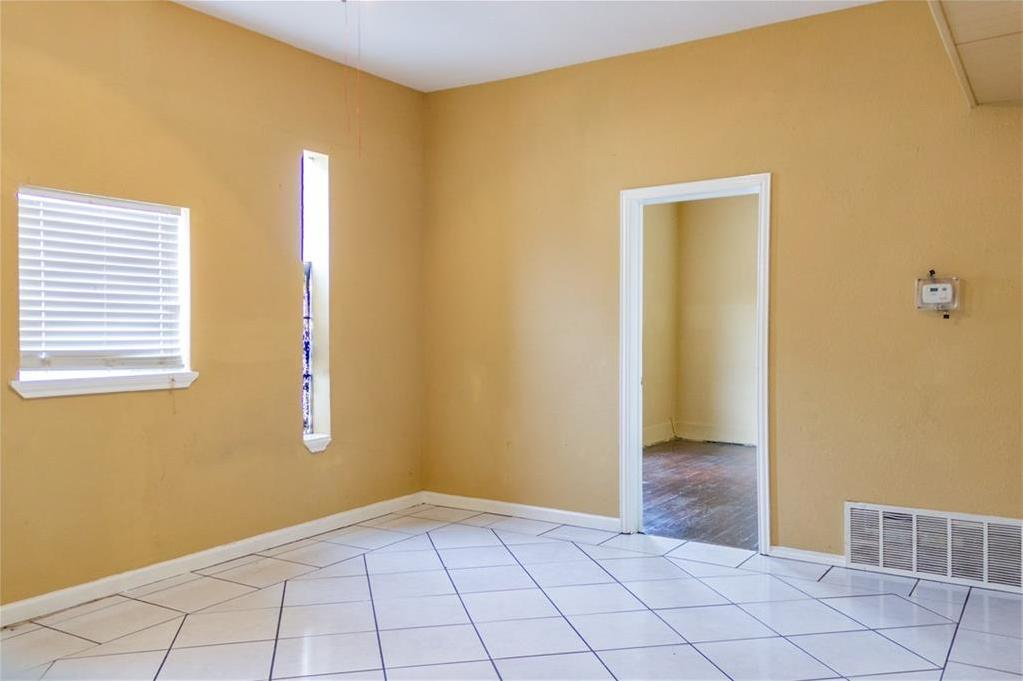 Sold Property   2311 Market Avenue Fort Worth, Texas 76164 14