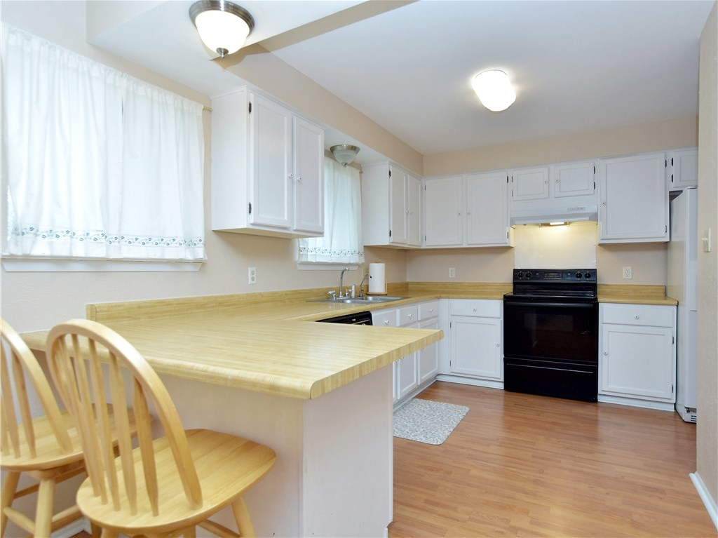 Sold Property | 6803 Shadywood Drive Austin, TX 78745 10