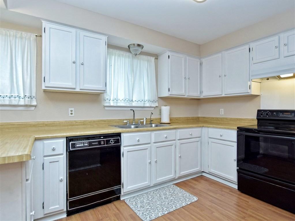 Sold Property | 6803 Shadywood Drive Austin, TX 78745 11