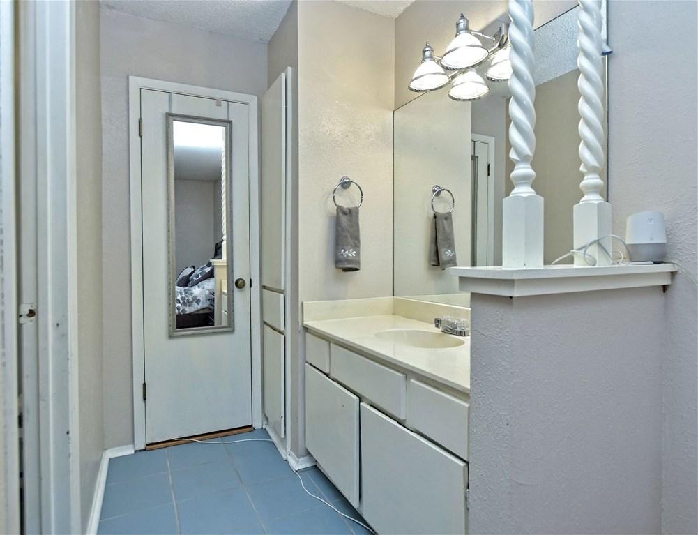 Sold Property | 6803 Shadywood Drive Austin, TX 78745 18