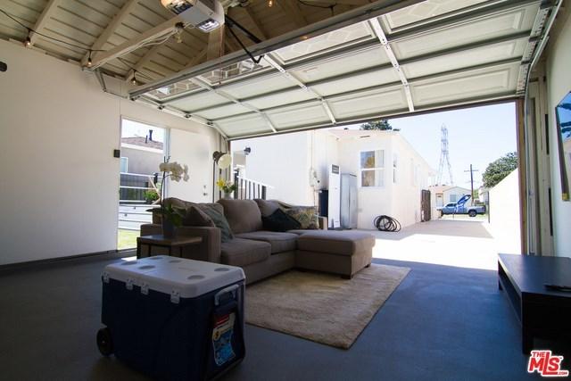 west adams, opportunity zone, los angeles, culver city, best home, back yard, real estate, paul fisher, yard, patio, big kitchen   2644 S SPAULDING Avenue Los Angeles, CA 90016 14