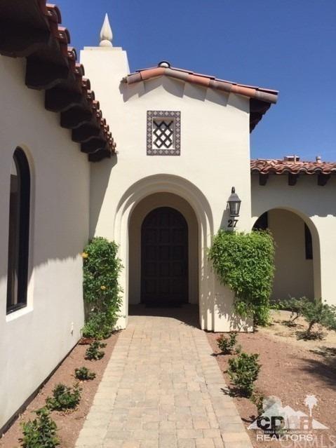 Closed | 54245 E. Residence Club Dr. La Quinta, CA 92253 1