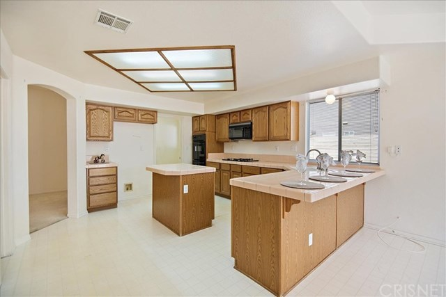 Closed   41854 Cabo Court Palmdale, CA 93551 4