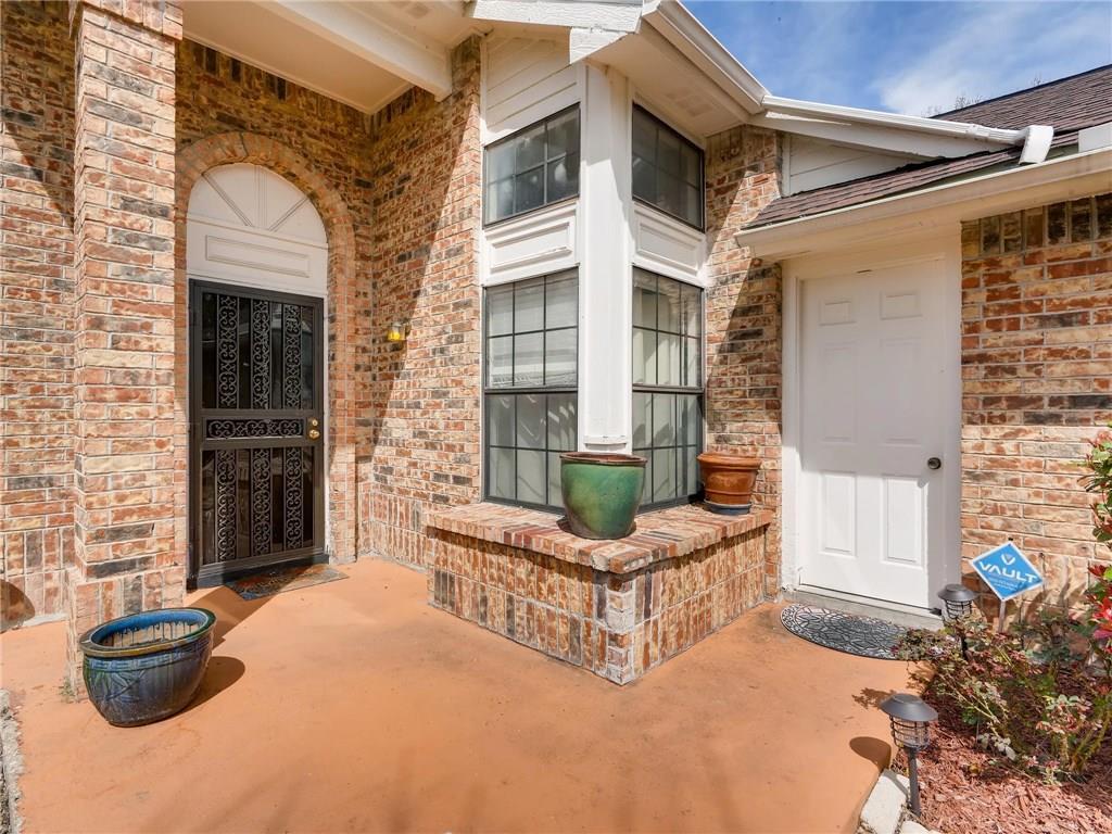Sold Property | 2401 Sutton Drive Arlington, Texas 76018 3