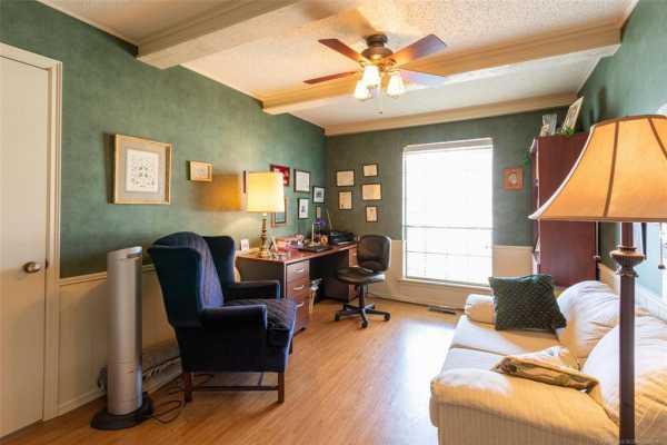 Active | 6923 S Knoxville Avenue Tulsa, Oklahoma 74136 12