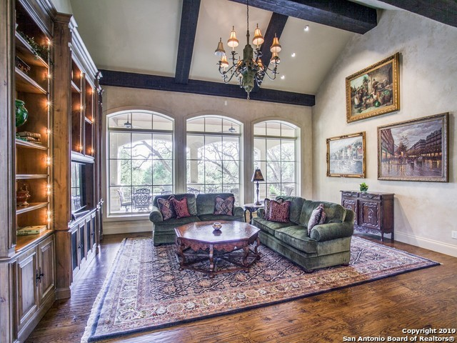 Active | 104 Tomahawk Trail Hill Country Village, TX 78232 4