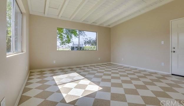 Closed | 3271 Vineland Avenue Baldwin Park, CA 91706 14