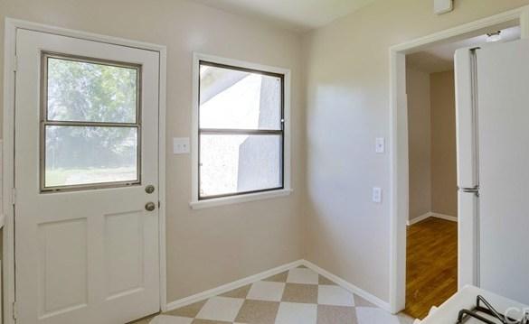 Closed | 3271 Vineland Avenue Baldwin Park, CA 91706 25