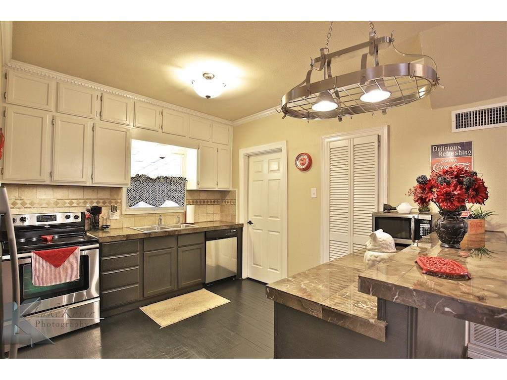 Sold Property | 1741 S 13th Street Abilene, Texas 79602 11