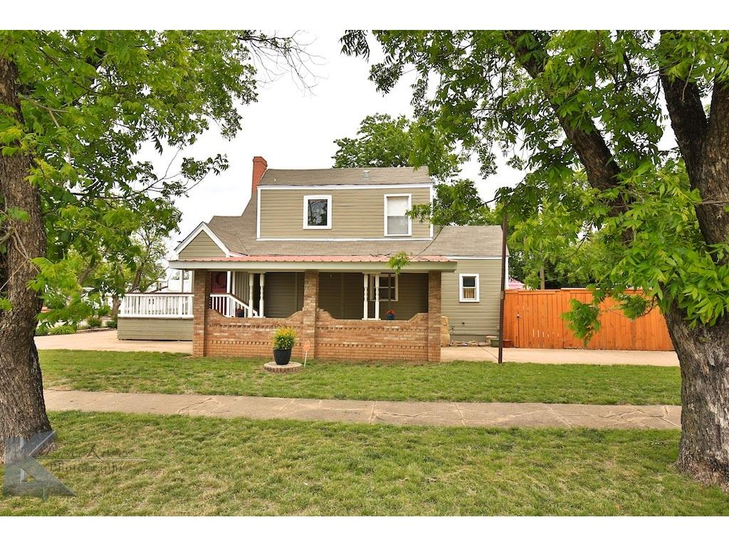 Sold Property | 1741 S 13th Street Abilene, Texas 79602 2