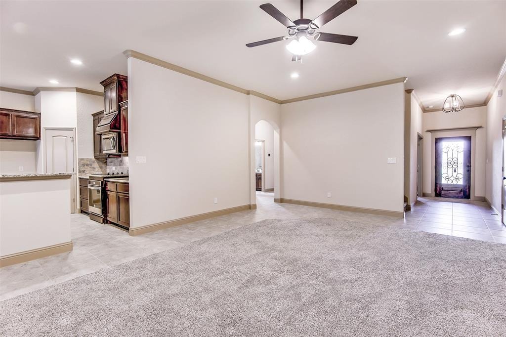Active | 2505 Bunker Hill Drive Burleson, TX 76028 13