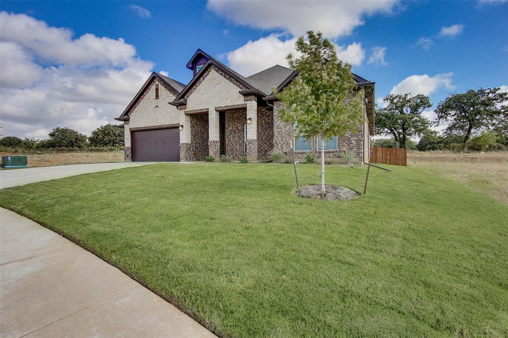Active | 2505 Bunker Hill Drive Burleson, TX 76028 2
