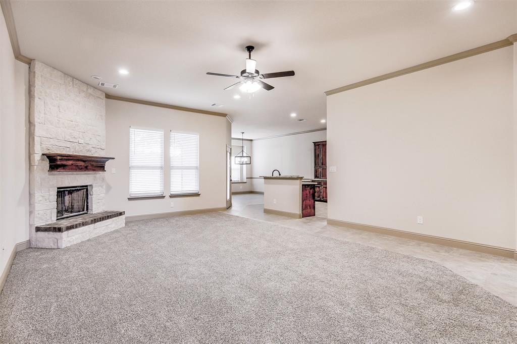 Active | 2505 Bunker Hill Drive Burleson, TX 76028 9