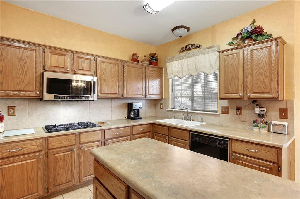Sold Property | 4320 Solitude Court Arlington, TX 76017 13