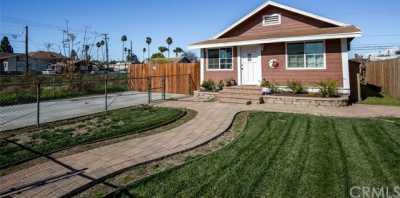 Closed | 216 E 5th Street Perris, CA 92570 5