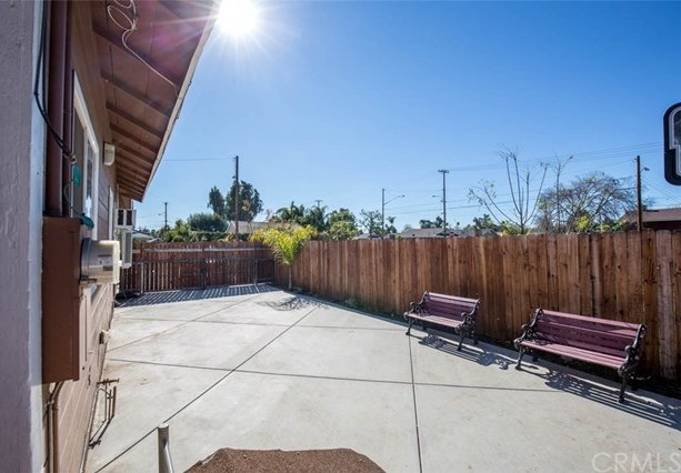 Closed | 216 E 5th Street Perris, CA 92570 21