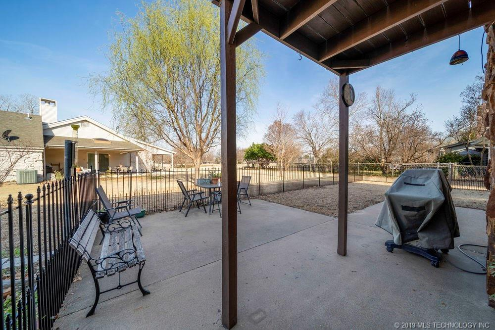 Off Market | 678 Meadowood Drive Broken Arrow, Oklahoma 74011 30