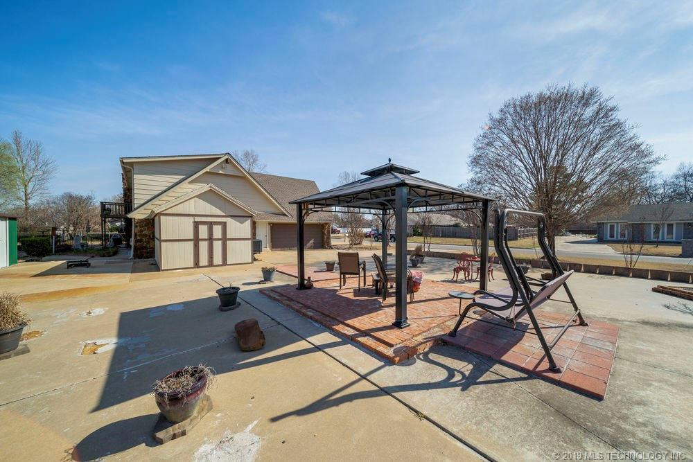 Off Market | 678 Meadowood Drive Broken Arrow, Oklahoma 74011 31