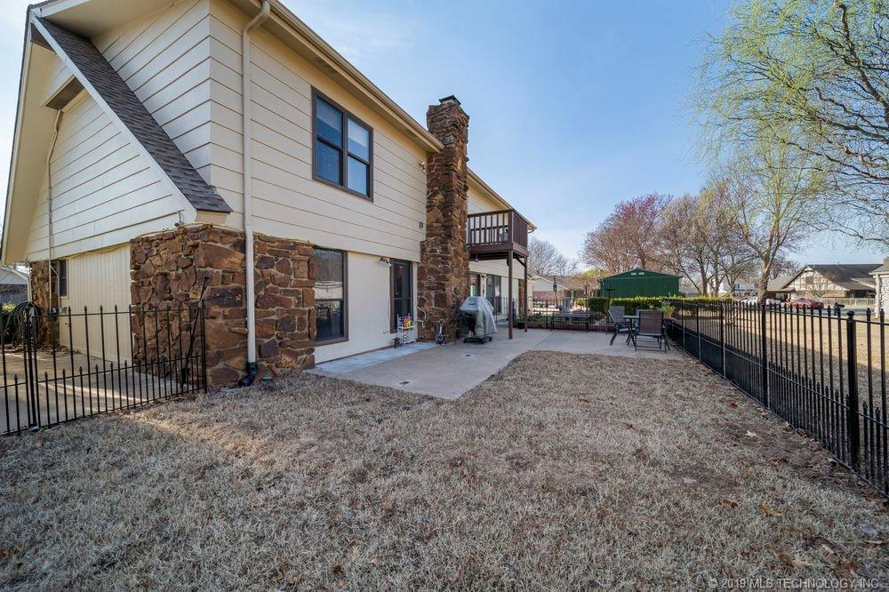 Off Market | 678 Meadowood Drive Broken Arrow, Oklahoma 74011 32