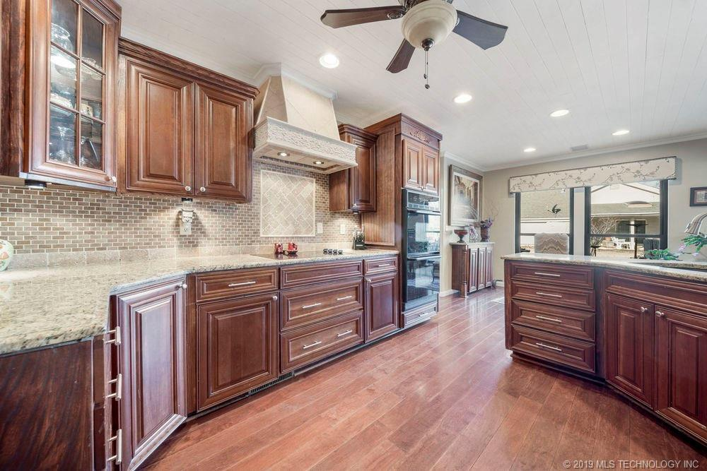Off Market | 678 Meadowood Drive Broken Arrow, Oklahoma 74011 8