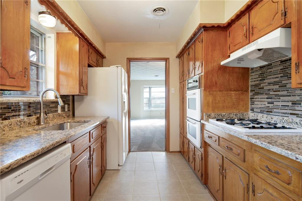Sold Property | 601 Ray Andra Drive DeSoto, Texas 75115 10