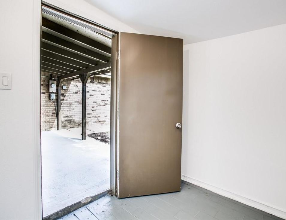 Sold Property | 7573 Christie Lane Dallas, Texas 75249 30